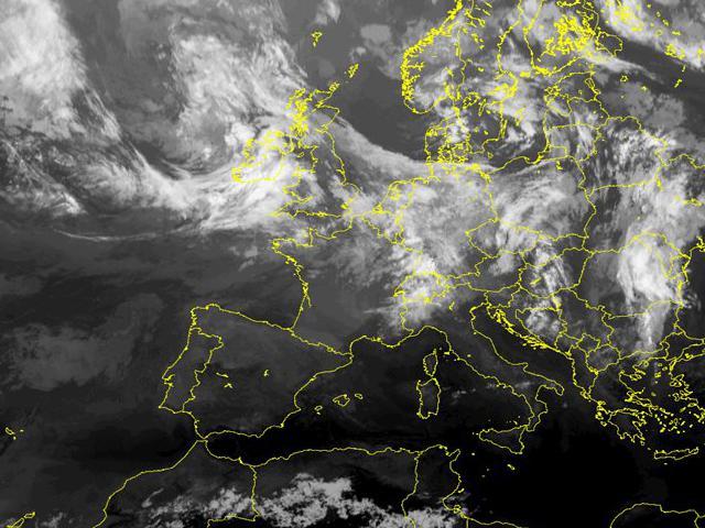 online store 507d9 94884 Immagini satellitari - Centro Meteorologico Lombardo