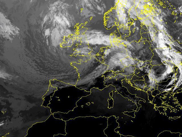 online store 2d95e 8cc4d Immagini satellitari - Centro Meteorologico Lombardo